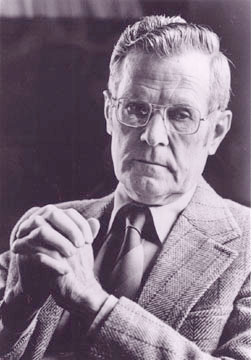 chester barnard's management theory Chester irving barnard (november 7, 1886 – june 7, 1961) was an american  business executive, public administrator, and the author of pioneering work in  management theory and organizational studies his landmark 1938 book, the  functions of the executive, sets out a theory of.